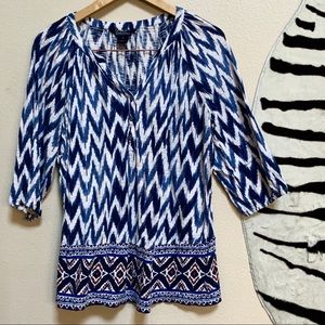 LUCKY BRAND TOP with 3/4 sleeves in shades of blue